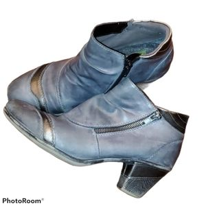 Remonte/ Rieker Leather Booties